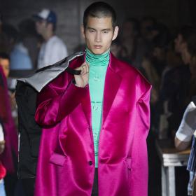 Spring 2019 Menswear: Raf Simons