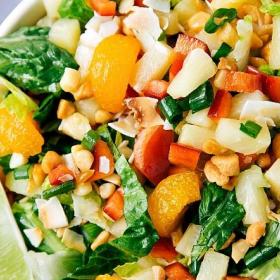 Тропически изкушения: Плодова салата с ананас