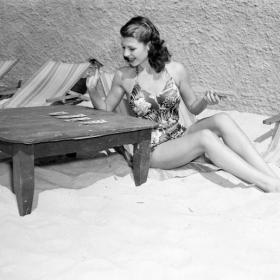 Fun in the Sun: Знаменитости на плажа