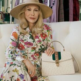 Кой как избра да се рекламира: Фей Дънауей & Соко  - баба и внуче за Gucci