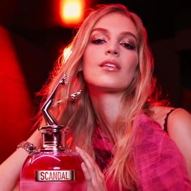 СПЕЧЕЛИ: Безсрамен аромат от Gaultier