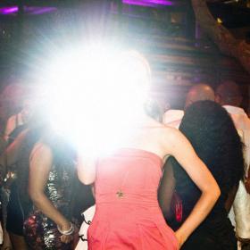 Анти-папараци чанта изобрети бивш фотограф