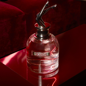 Winner: Безсрамен аромат от Gaultier