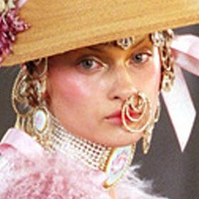 Хелоуин кутюр по лицето: ОТ АРХИВА