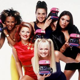 Spice Girls изоставиха Вики