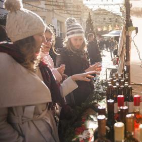 Коледа в Капана: Или как се прави истинско коледно градче у нас