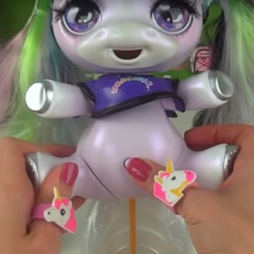 Christmas MUST HAVE: The Pooping unicorn a.k.a даже не искаме да го казваме