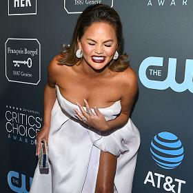 Critics Choice Awards 2019: Кой какво облече?