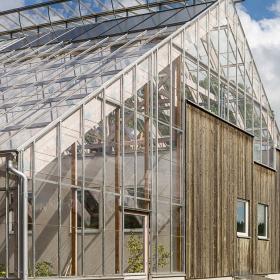 Дизайн за вдъхновение: Eco Greenhouse Home
