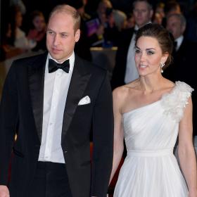 BAFTA 2019: Кой какво облече?