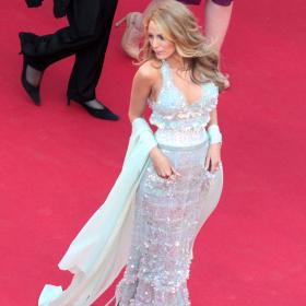 Red Carpet Finest: Най-иконичните дизайни на Карл Лагерфелд за Chanel