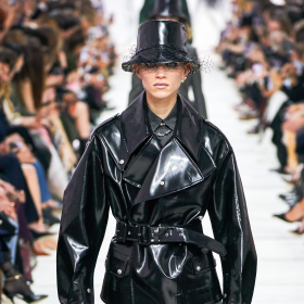 Sisterhood-ът на Dior