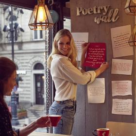 Този четвъртък (21-ви март) заплатeте кафето си Julius Meinl с поема!