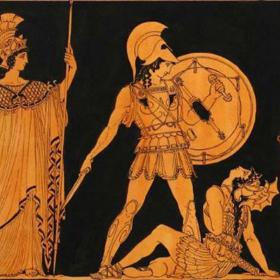 Историята на гръцкия сандал – вечната лятна обувка