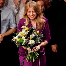 Аз съм само цвят лилав: Коя е първата жена президент на Словакия?