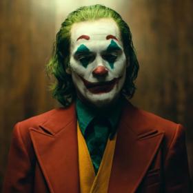 Хоакин Финикс гуляе из Готъм в първия трейлър на Joker