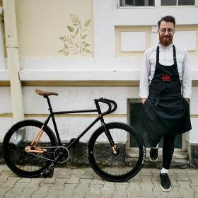 По-сладък от шоколад: Chef Александър Иванчев