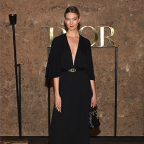 Карли Клос, Лупита Нионго и другите - или кой гледа Dior Resort 2020 най-отблизо