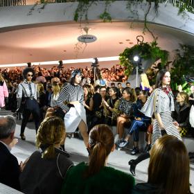 Агония по неизлечимия нюйоркски шик в колекцията на Гескиер за Vuitton