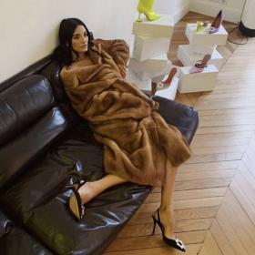 Кой кой е в модата днес: Амина Муади - съвременна история за Пепеляшка