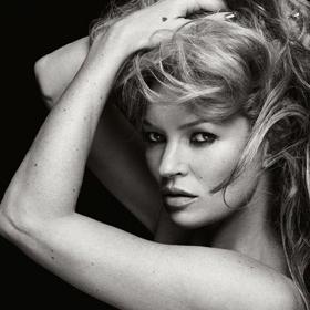 We love: Кейт Мос за Dust Magazine