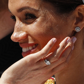Нов дизайн с повече диаманти: Меган промени годежния си пръстен