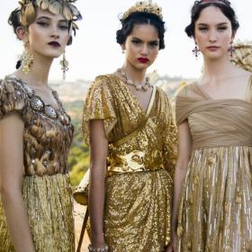 Древната митология от alta модата на Dolce & Gabbana
