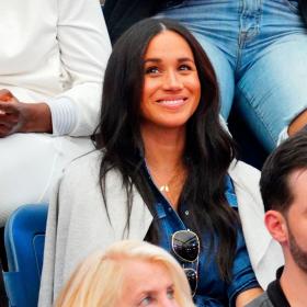 Меган и ризата й, която, веднъж показана на US Open, се разпродаде за минути
