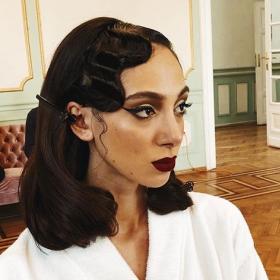 Beauty Starter: Виктория Д. likes it glowing!