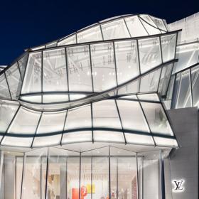 Дизайн за вдъхновение: Новият Louis Vuitton бутик в Сеул