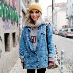 Sofia Street Style: Hello, it's...