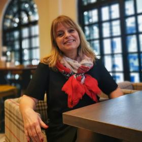 Говори ми за ЛЮБОВ, Мария Касимова-Моасе