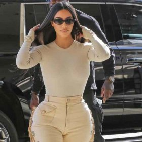 Да или Не: за cowgirl панталоните на Ким?