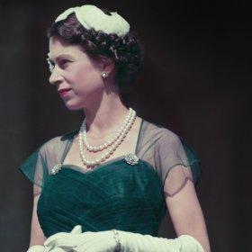 94 пъти Хип-хип-ура! за Кралица Елизабет