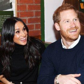 Феновете на личното пространство Хари и Меган проглушиха света как са се чули с Кралицата