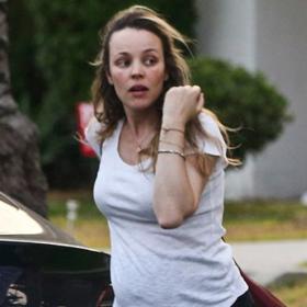 Уличният стил на звездите: бременната Рейчъл Макадамс в LA