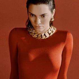 Бела Хадид и Кендал Дженър се самостилизираха за новата кампания на Givenchy