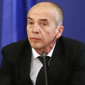 Атанас Мангъров - ЛЕКАРЯТ, който обича да лекува, на 65