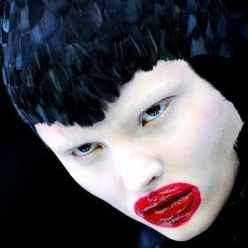 Три десетилетия haute beauty: моментите в индустрията, които счупиха стереотипа
