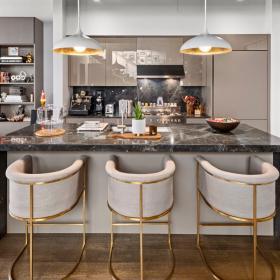 Имате 6.5 милиона и желание да имате дом с история: апартментът на Бела Хадид в Ню Йорк може да бъде ваш