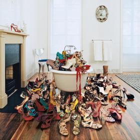 Lunchtime Shopping: Кажи ми коя зодия си, за да ти кажа коя е твоята обувка