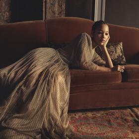 We love: новите златни чанти на Christian Dior