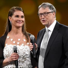 Разводът Гейтс: защо се разпадна най-богатата двойка в света - вероятните версии