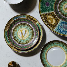 Rosenthal & Versace: всичко за най-важната, помпозна, елегантна порцеланова колекция