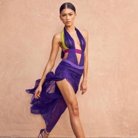 Зендая (2021) като Бионсе (2003) на BET Awards и как момичето постига ТАКИВА крака