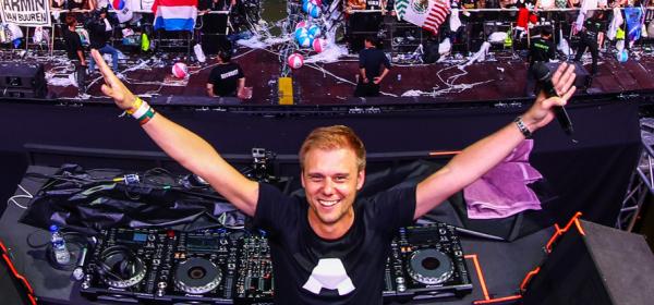Armin van Buuren и Fedde Le Grand празнуват Коледа заедно! В България!