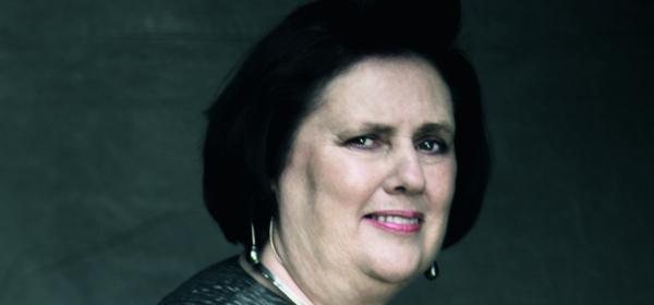 Щрак, fashion, на портрет: Сузи Менкес