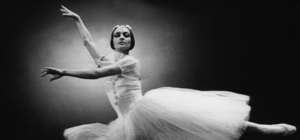 Примабалерината Красимира Колдамова празнува 80-годишнина