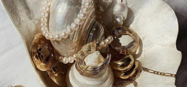 Стил урок на седмицата: Modern Pearls