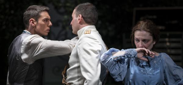 Фаталната любов между Теодора Духовникова, Иван Юруков и Дарин Ангелов